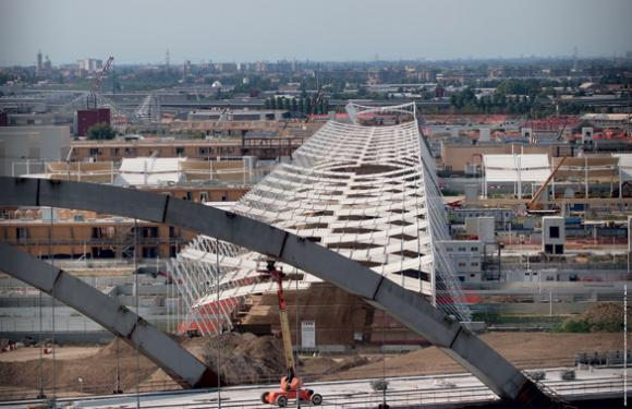 10. Suspended structures at the EXPO 2015 Universal Exhibition, Milan (Italy)